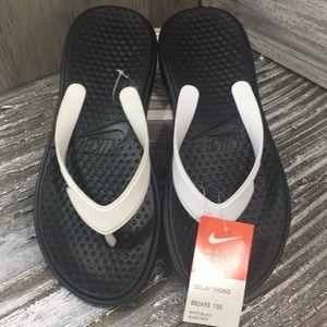 Nike men's Solay Thong white/black